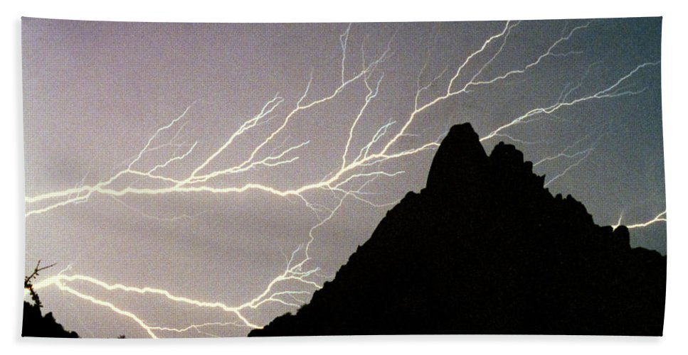 Lightning Beach Towel featuring the photograph Horizonal Lightning Poster by James BO Insogna