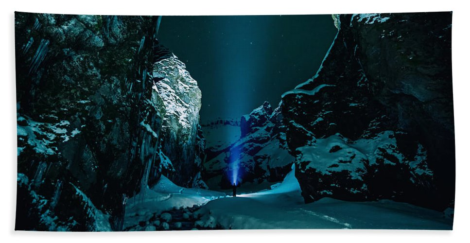 Ice Beach Towel featuring the photograph Ice Breaker Star Gazer by Fbmovercrafts