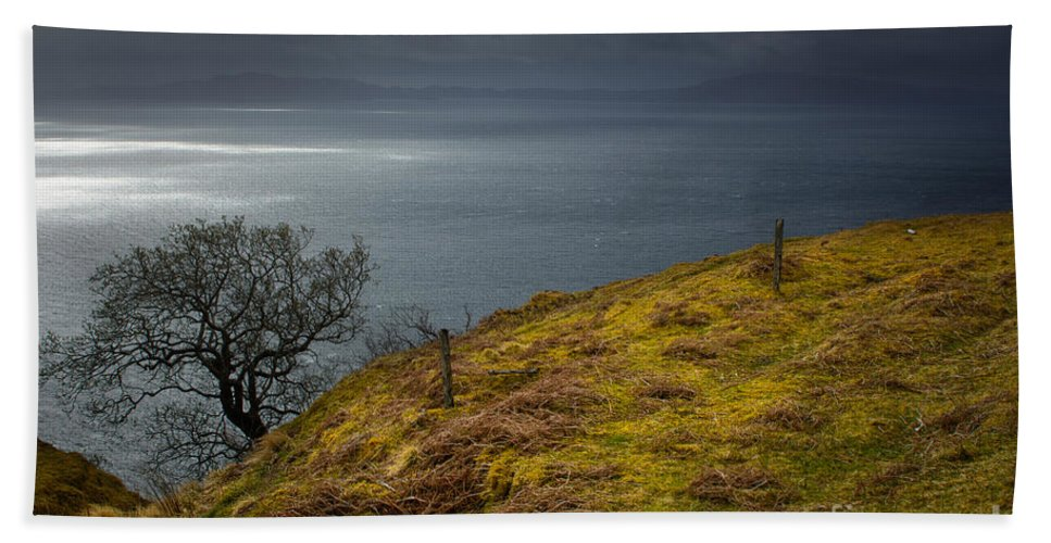 Isle Of Skye Beach Sheet featuring the photograph Isle Of Skye Views by Smart Aviation