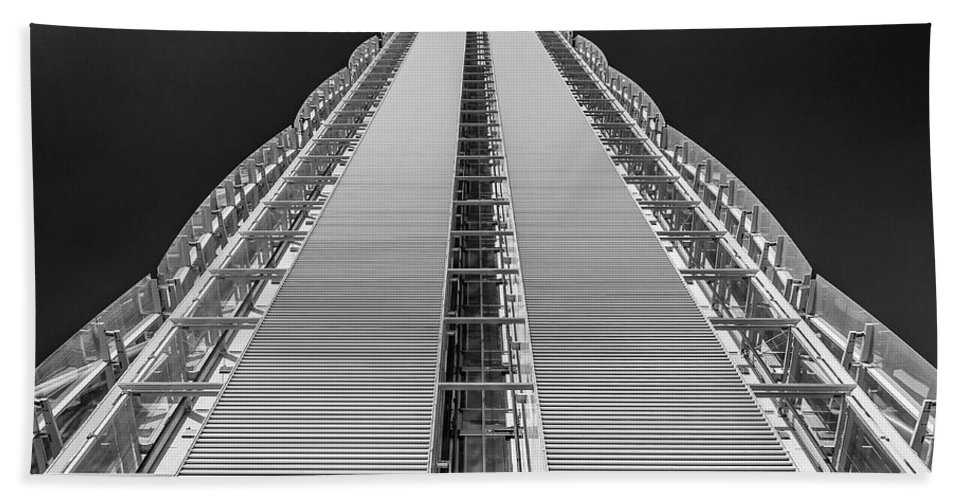 Allianz Tower Beach Towel featuring the photograph Isozaki Tower - Allianz by Marco Iebba
