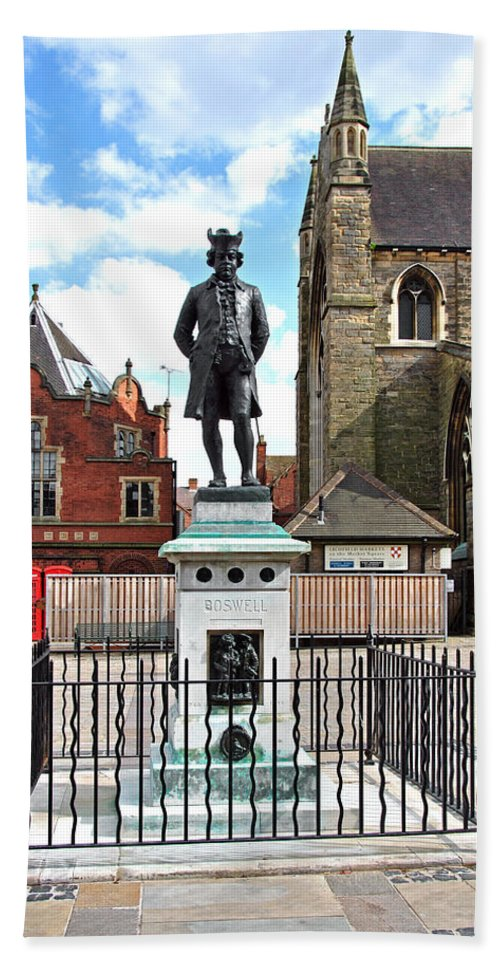 Red Beach Towel featuring the photograph James Boswell Statue - Lichfield by Rod Johnson