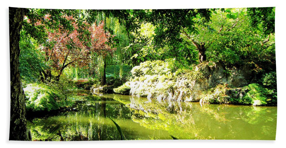 Japanese Beach Towel featuring the photograph Japanese Garden by Jerome Stumphauzer