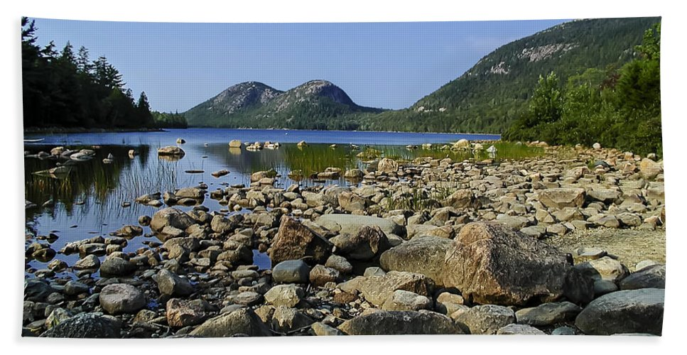 Design Beach Towel featuring the photograph Jordan Pond No.1 by Mark Myhaver