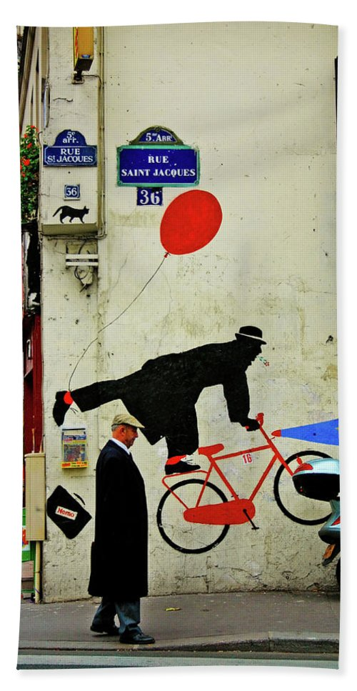 Paris Beach Sheet featuring the photograph Kick In The Head by Skip Hunt