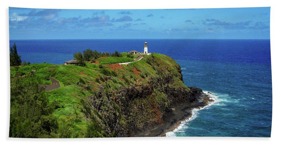 Landscape Beach Towel featuring the photograph Kilauea Lighthouse by James Eddy