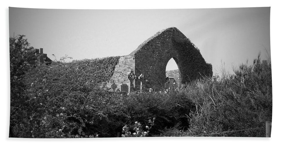 Irish Beach Towel featuring the photograph Kilmanaheen Church Ruins Ennistymon Ireland by Teresa Mucha