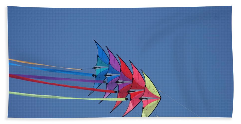 Wind Beach Towel featuring the photograph Kite by Heidi Poulin