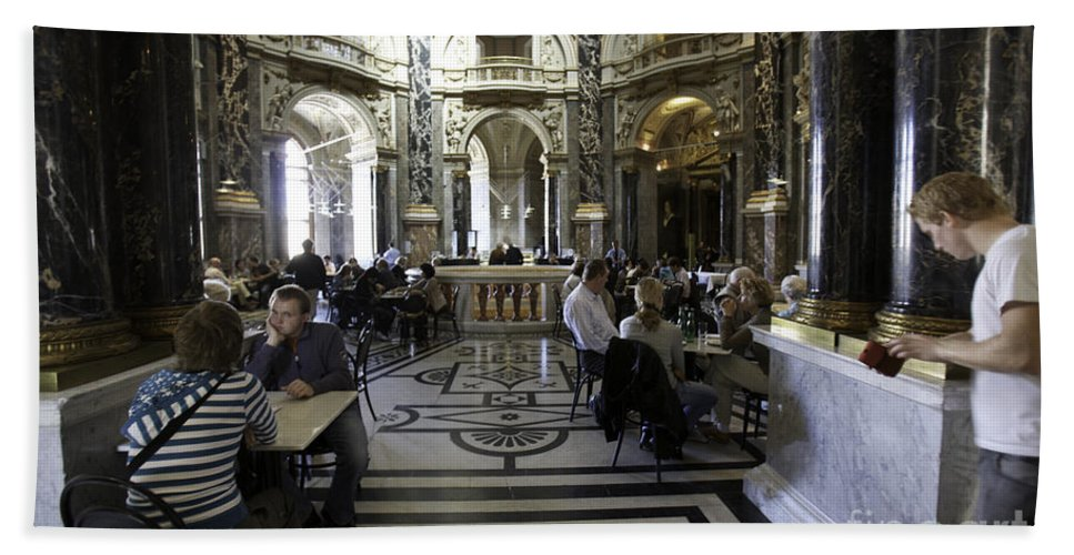 Kunsthistorische Museum Beach Towel featuring the photograph Kunsthistorische Museum Cafe by Madeline Ellis