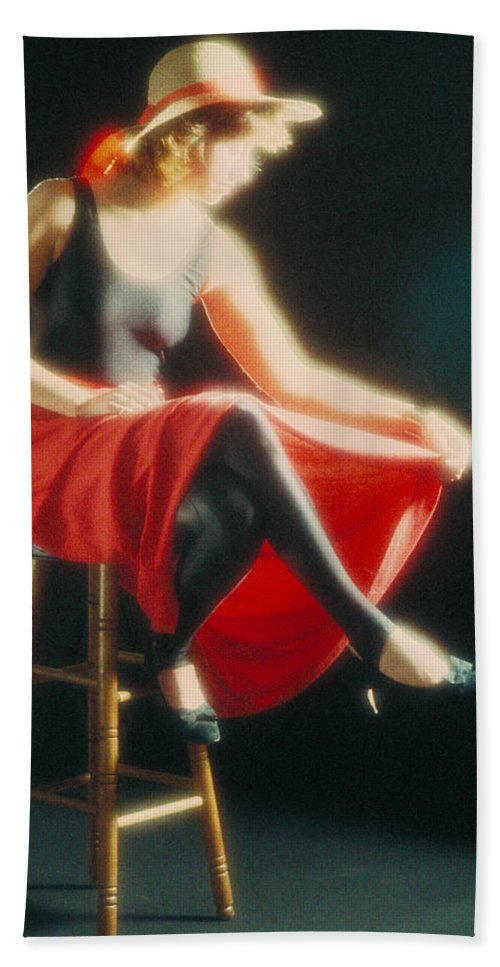 Lady Beach Towel featuring the photograph Lady In Red by Jerry McElroy
