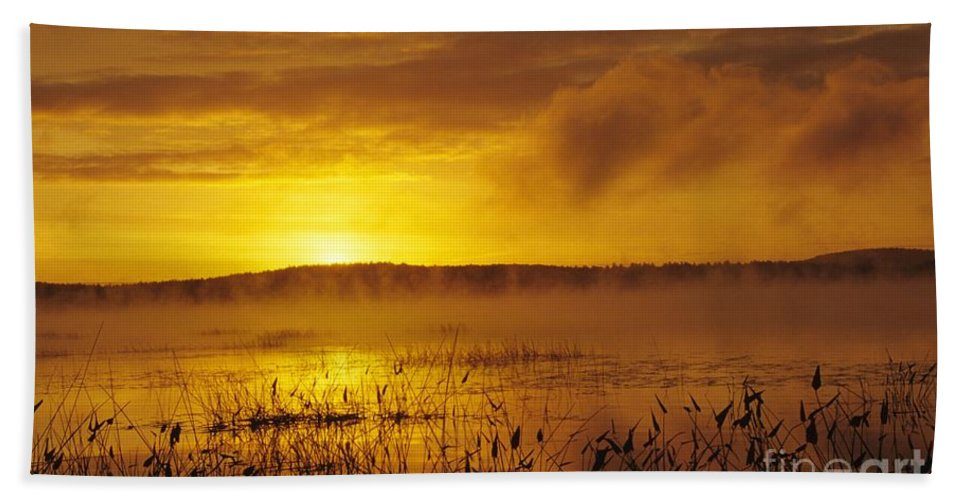 Sunrise Beach Towel featuring the photograph Lake Massabesic - Auburn New Hampshire Usa by Erin Paul Donovan