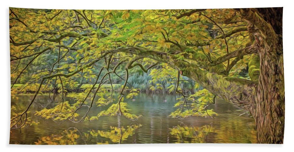 Lakeside Beach Towel featuring the painting Lakeside by Harry Warrick
