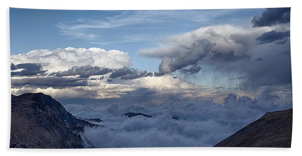 Colorado Beach Towel featuring the photograph Land Of The Lost by Michael J Samuels