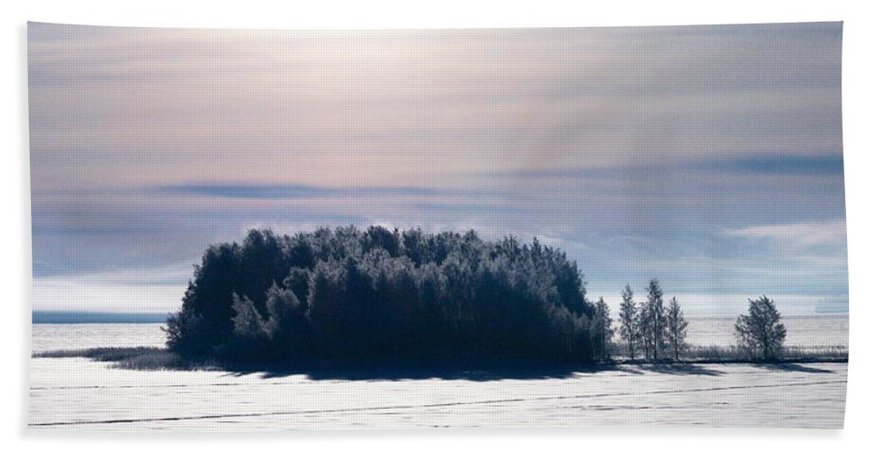 Lehtokukka Beach Towel featuring the photograph Lappajarvi by Jouko Lehto