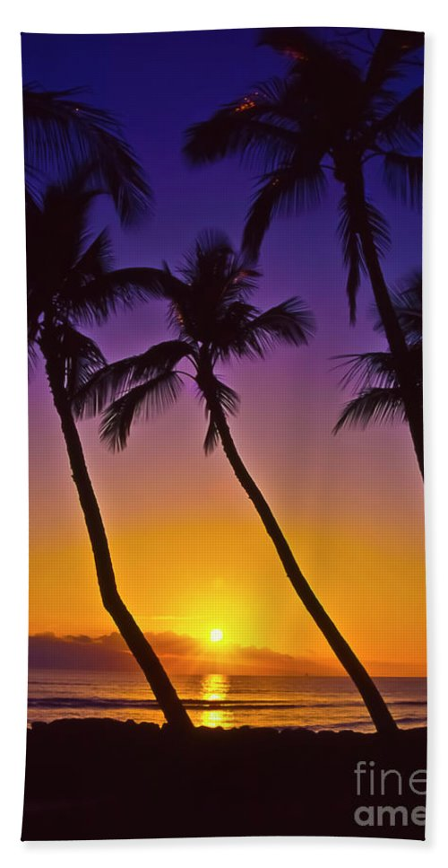 Sunset Beach Towel featuring the photograph Launiupoko Sunset by Jim Cazel