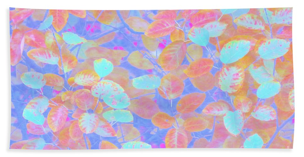 Leaves Beach Towel featuring the photograph Leaves 20 by Ken Lerner