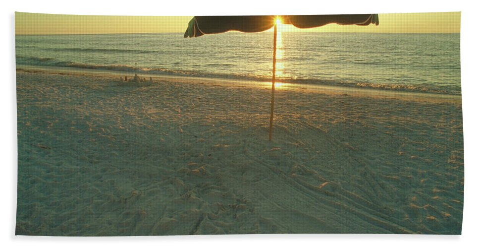 Hawaii Beach Towel featuring the photograph Life's A Beach by Jerry McElroy