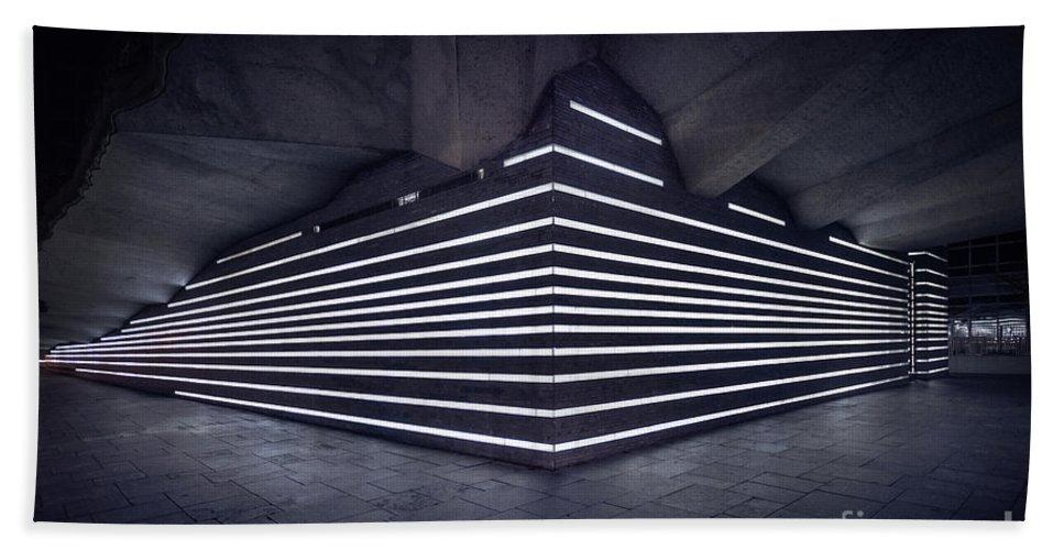 Kremsdorf Beach Towel featuring the photograph Light Into The Darkness by Evelina Kremsdorf