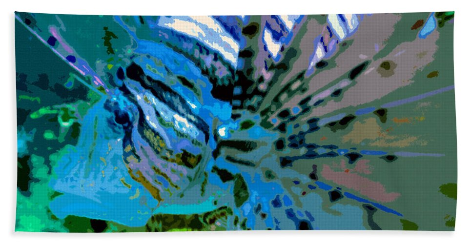 Lion Fish Beach Towel featuring the painting Lion Of The Sea by David Lee Thompson
