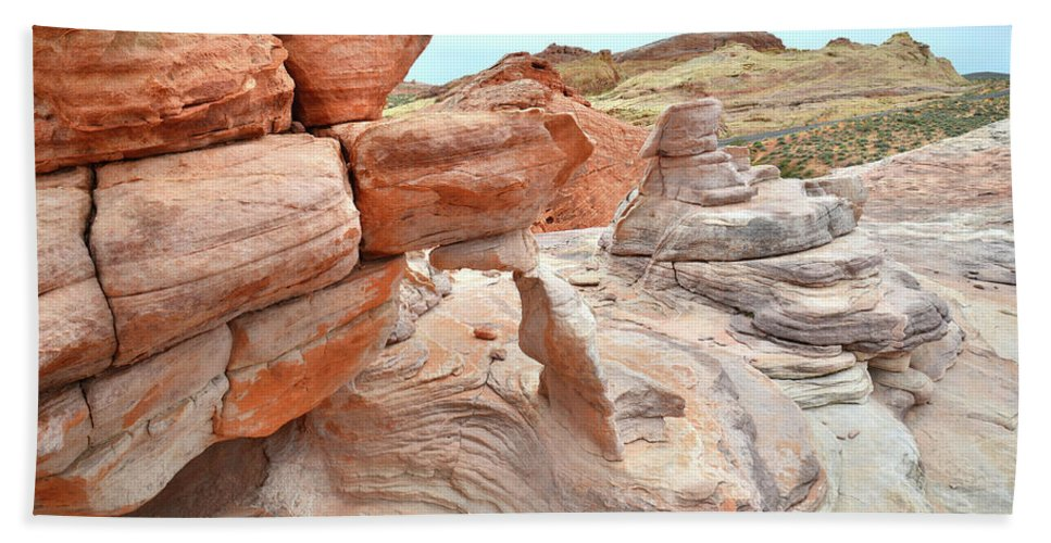 Valley Of Fire State Park Beach Towel featuring the photograph Little Castle Above Wash 3 In Valley Of Fire by Ray Mathis