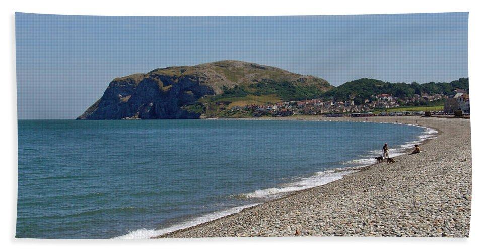 Europe Beach Towel featuring the photograph Llandudno Beach by Rod Johnson