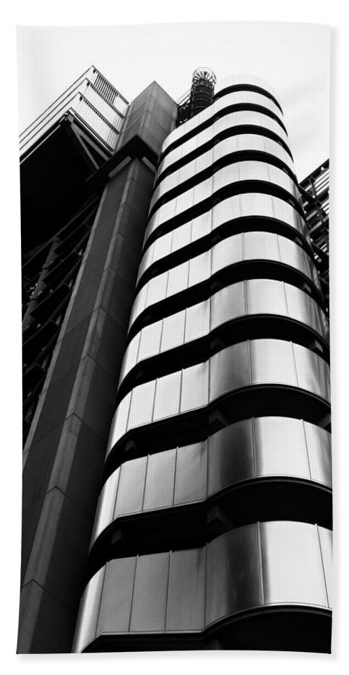 Lloyds Beach Towel featuring the photograph Lloyds Of London by Martin Newman