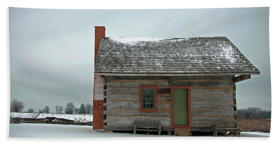Log Cabin Beach Towel featuring the photograph Log Cabin In The Snow by David Arment