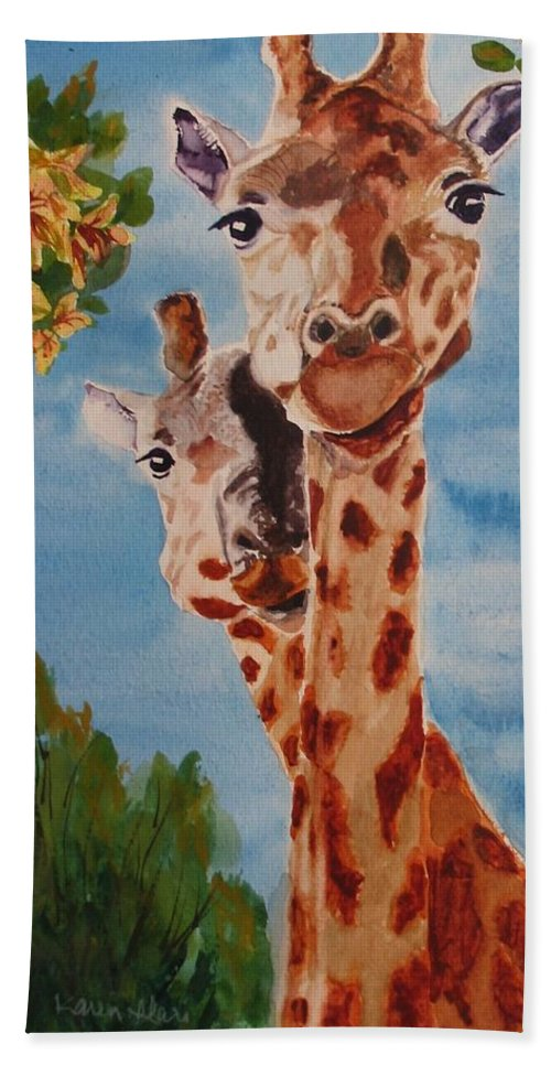 Giraffes Beach Towel featuring the painting Lookin Back by Karen Ilari