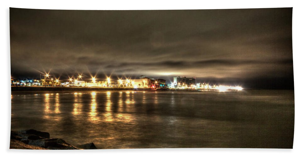 Galveston Beach Towel featuring the photograph Looking Back by Doc Hafferty