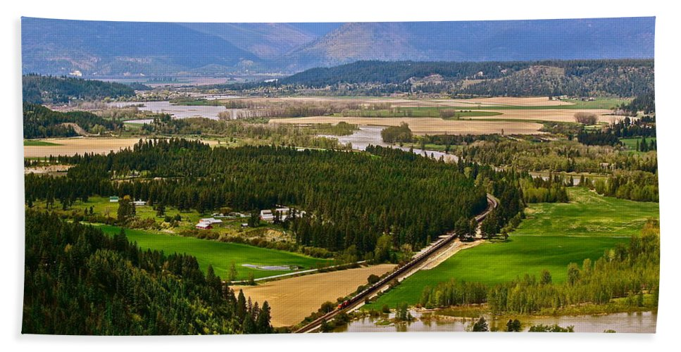 Landscape Beach Towel featuring the photograph Looking Toward Bonners Ferry by Diana Hatcher
