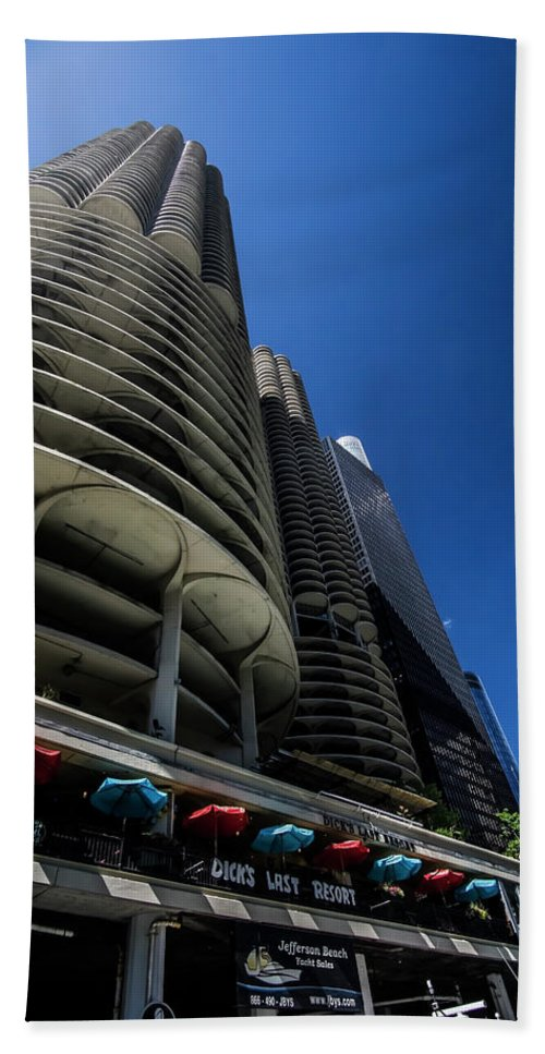 Marina Towers Beach Towel featuring the photograph Looking Up At Chicago's Marina Towers by Sven Brogren