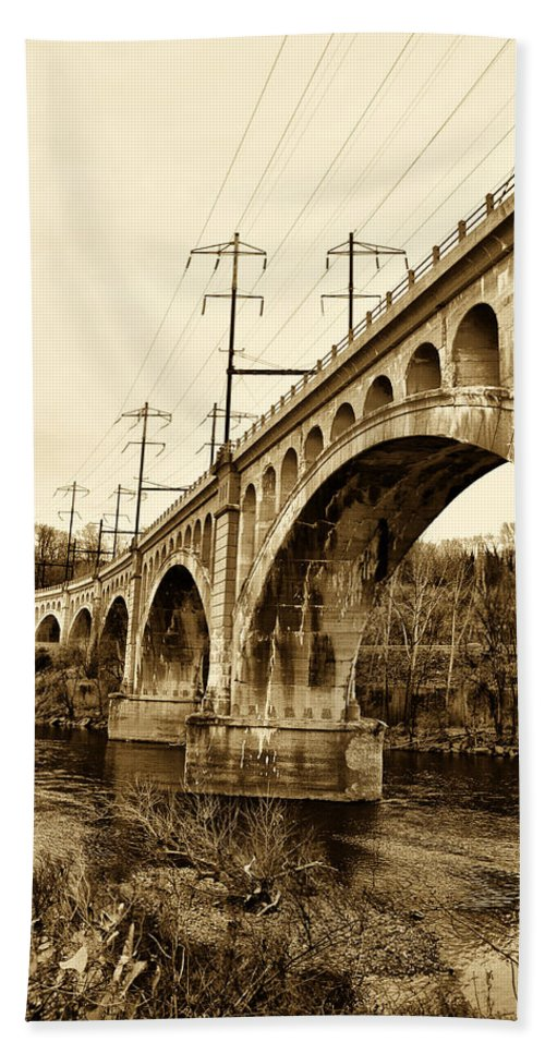 Manayunk Beach Towel featuring the photograph Manayunk Bridge Across The Schuylkill River In Sepia by Bill Cannon
