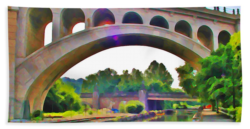 Philadelphia Beach Towel featuring the photograph Manayunk Canal by Bill Cannon
