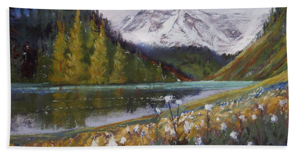 Maroon Lake Beach Towel featuring the photograph Maroon Lake by Heather Coen