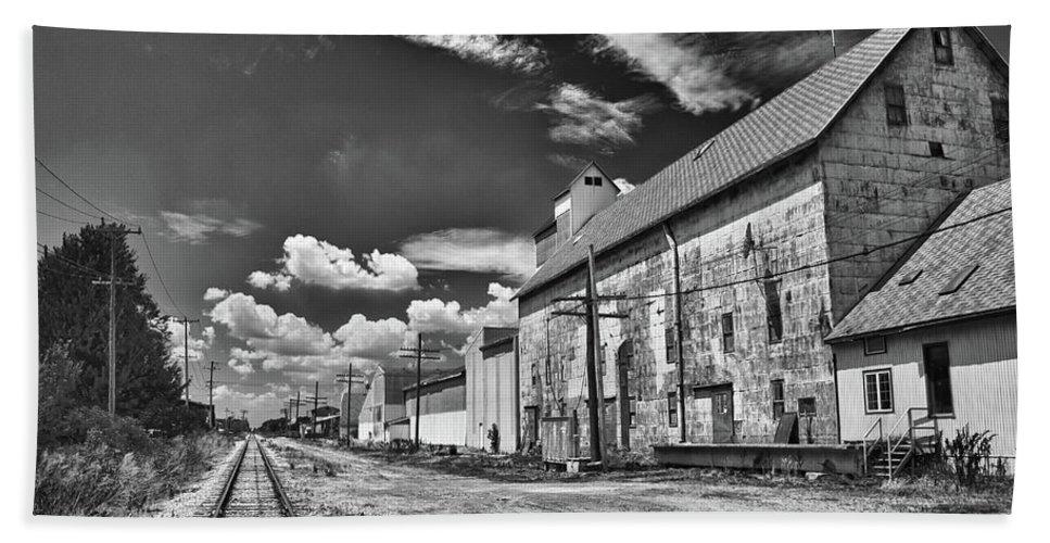 Railroad Beach Towel featuring the photograph Medina Railyard 7323 by Guy Whiteley