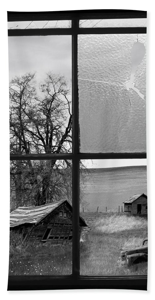 Black And White Beach Towel featuring the photograph Memories Past by Leland D Howard
