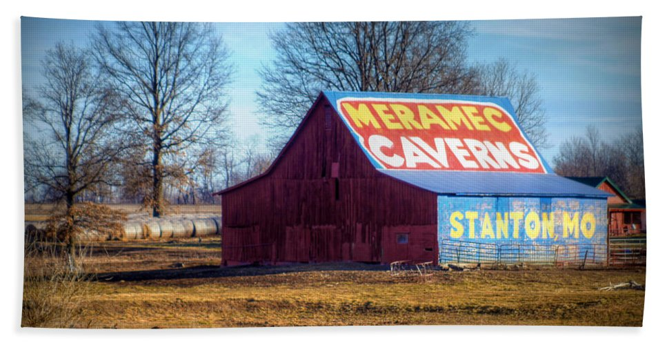 meramec Caverns Beach Towel featuring the photograph Meramec Caverns Barn by Cricket Hackmann