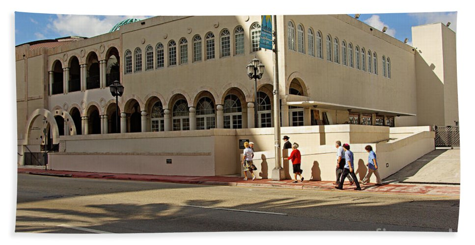 Synagogue Beach Towel featuring the photograph Miami Beach Synagogue Saturday Morning by Zal Latzkovich
