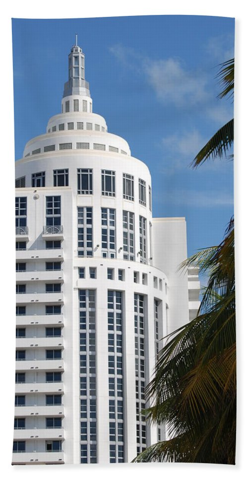 Architecture Beach Towel featuring the photograph Miami S Capitol Building by Rob Hans
