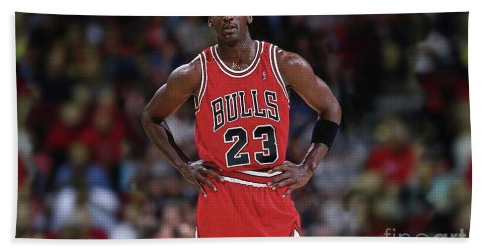 e2e4d0fb930c35 Michael Jordan Beach Towel featuring the mixed media Michael Jordan