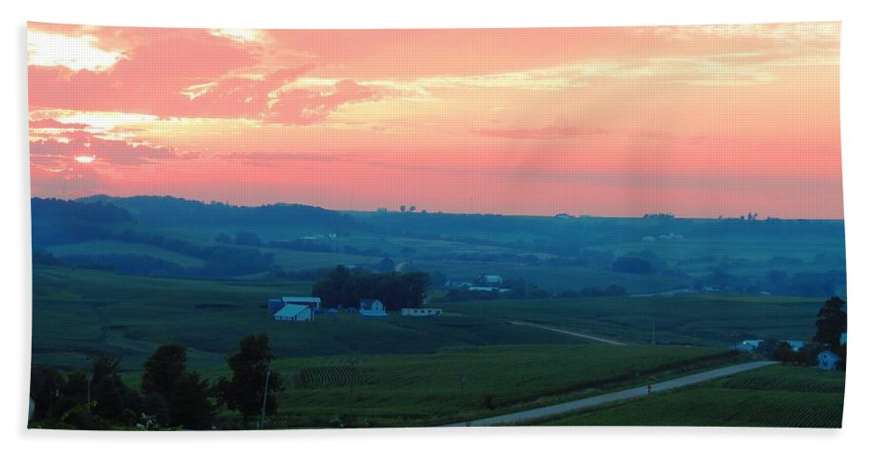 Sunset Beach Towel featuring the photograph Midwest Sunset by Connor Ehlers