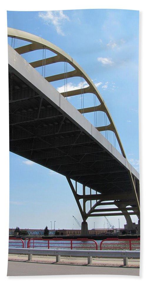 Milwaukee Beach Towel featuring the photograph Milwaukee Under The Hoan Bridge by Anita Burgermeister