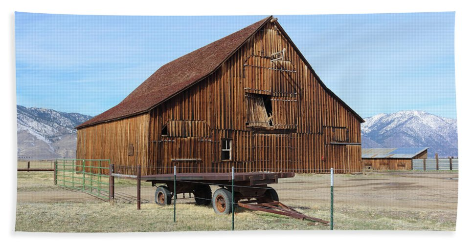 Fire Beach Towel featuring the photograph Minden Barn 2 by Lydia Miller