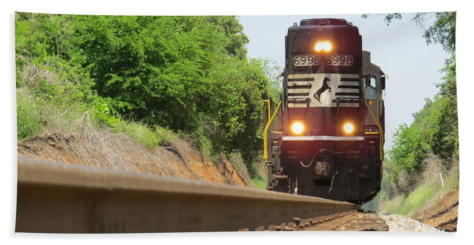 Train Beach Towel featuring the photograph Mini Train Moves Down The Track by Aaron Martens
