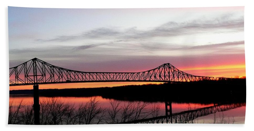Mississippi River Beach Towel featuring the photograph Mississippi River At Savanna by David Bearden