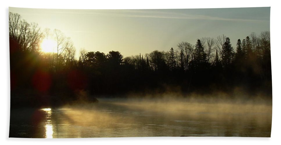 Mississippi River Beach Towel featuring the photograph Mississippi River Dawn Light Rays by Kent Lorentzen