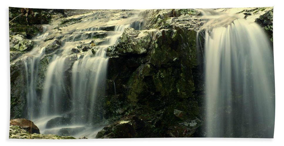 Waterfall Beach Towel featuring the photograph Missouri Beauty by Marty Koch