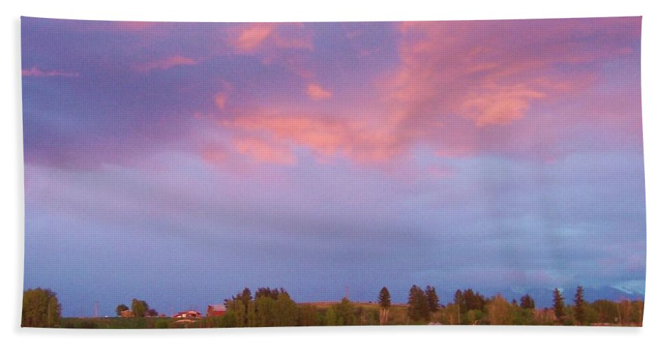 Landscape Beach Towel featuring the photograph Montana Sunset 2 by Deahn   Benware