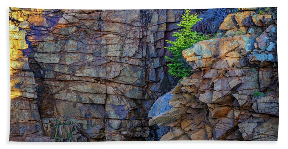 Monument Cove Beach Towel featuring the photograph Monument Cove I by Rick Berk
