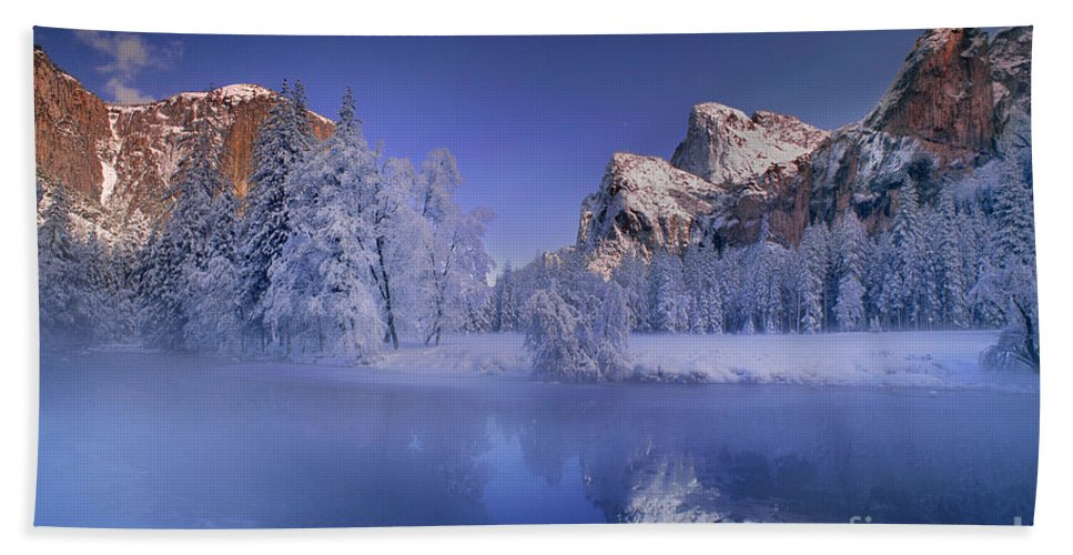 North America Beach Towel featuring the photograph Moonrise Over Gates Of The Valley Yosemite National Park by Dave Welling