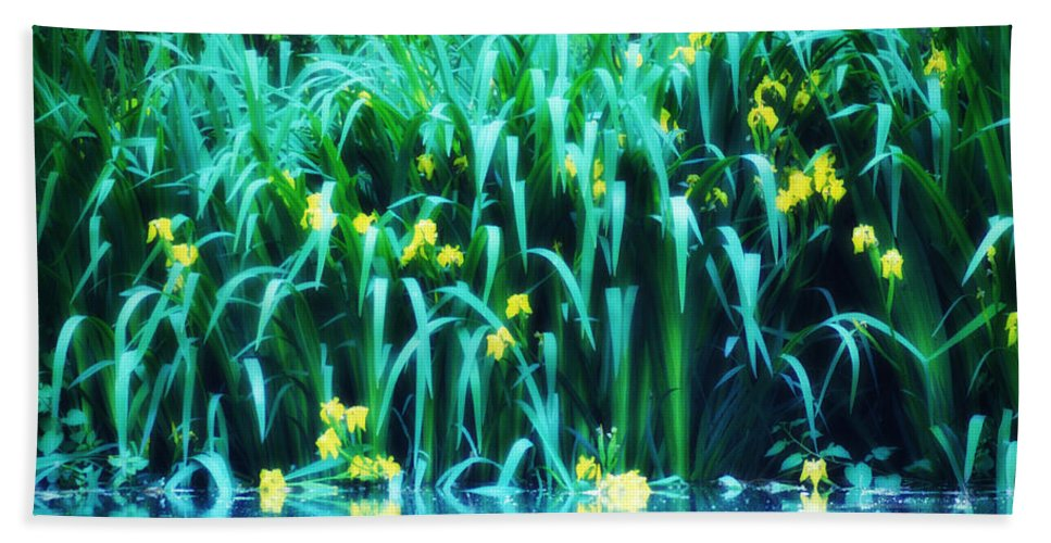 Pond Flowerers Water Beach Towel featuring the photograph Morning By The Pond by Bill Cannon